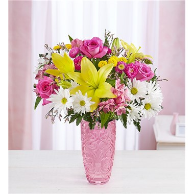 fresh-meadow-bouquet-in-pink-vase